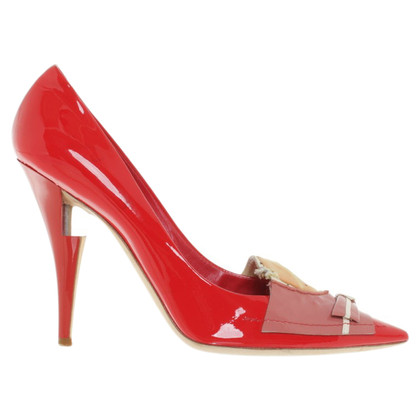 Louis Vuitton pumps in het rood
