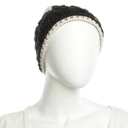 Bogner Knitted hat in black and white