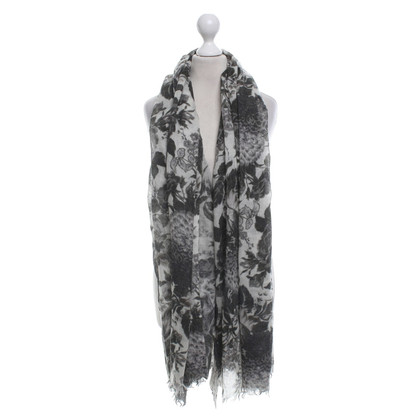 Stella McCartney Scarf with floral pattern