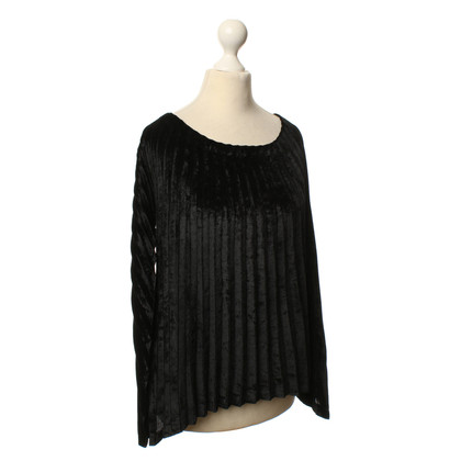 Issey Miyake Top plissé noir