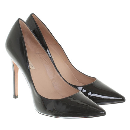 Pura Lopez Patent leather pumps in black