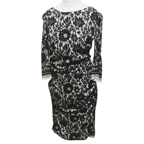 a9cd6db5 Dolce & Gabbana Dress Silk in Cream - Second Hand Dolce & Gabbana ...