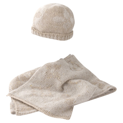 Louis Vuitton Mohair scarf and hat