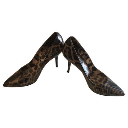 Dolce & Gabbana pumps in reptile look