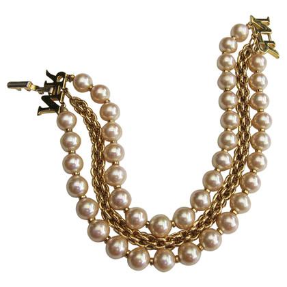 Nina Ricci Armband aus Perlen
