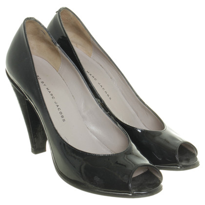 Marc Jacobs Vernice di peep toe in nero