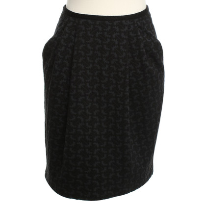 Odeeh skirt with textured pattern
