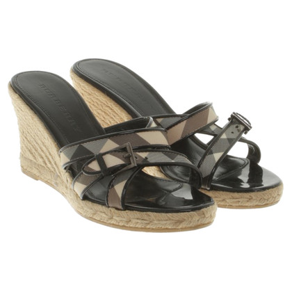 Burberry Wedges with nova check pattern