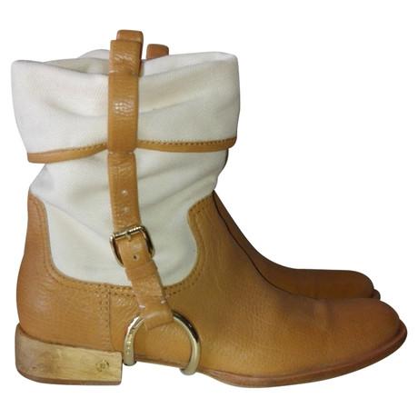 C茅line Stiefel im Western-Look Ocker