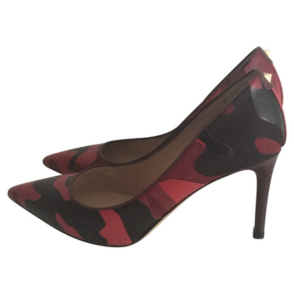Valentino pumps in camouflage blik
