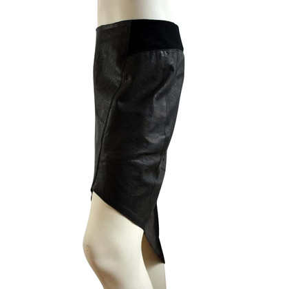 Helmut Lang Leather skirt with silk lining