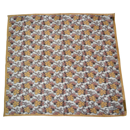 Burberry Prorsum Cloth with pattern