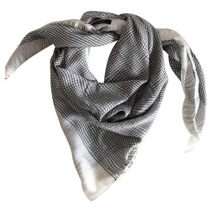 Riani Tuch in Schwarz-Weiß