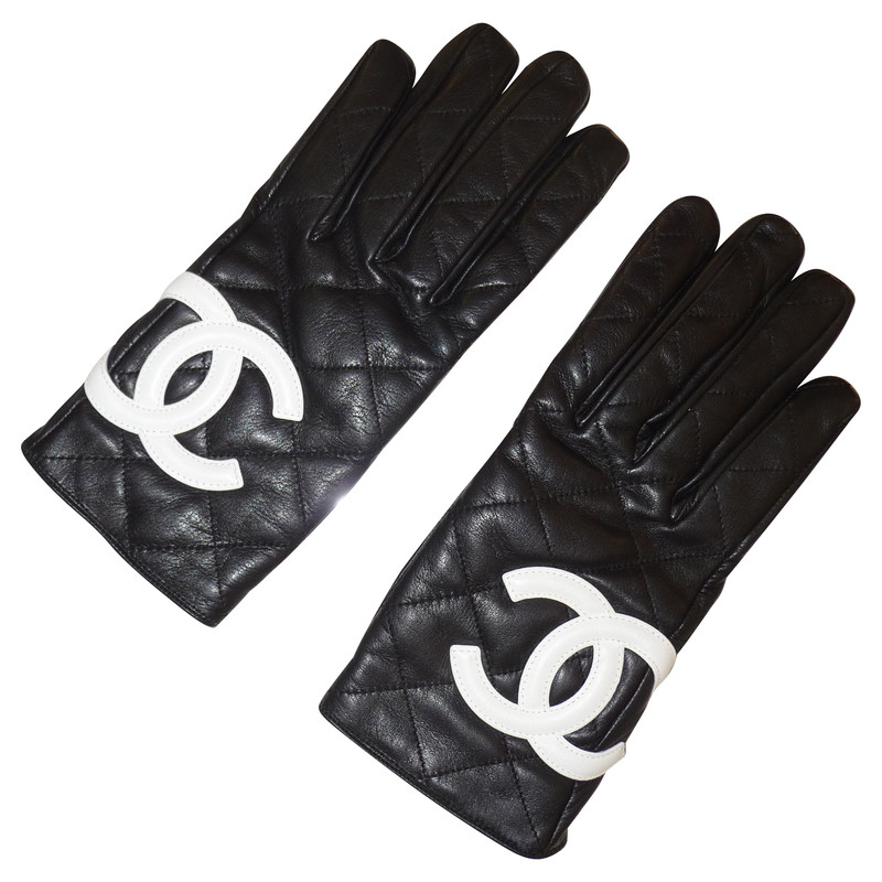 Chanel Leather gloves - Buy Second hand Chanel Leather ...