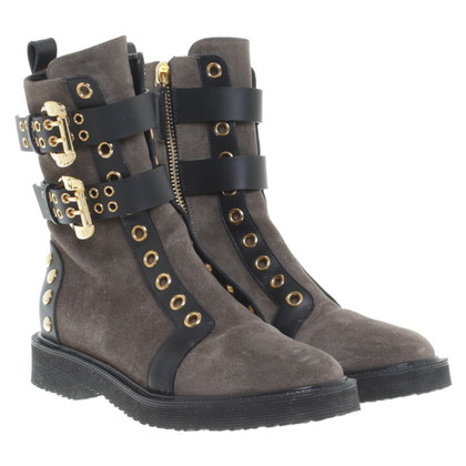 Giuseppe Zanotti Leather boots in Taupe