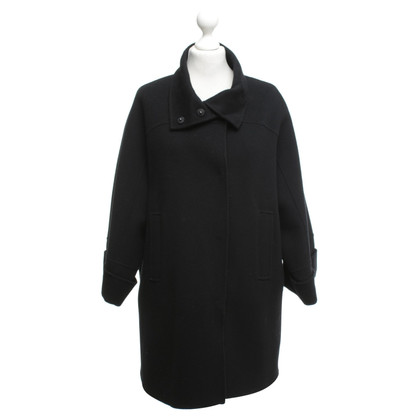 Max Mara Short coat in black