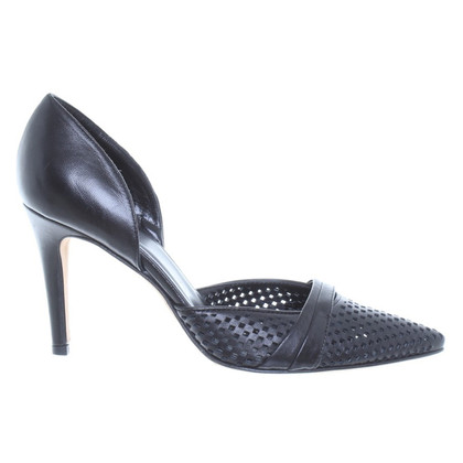 Kaviar Gauche pumps nei modelli di cut-out