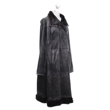 Armani Coat met een vintage look