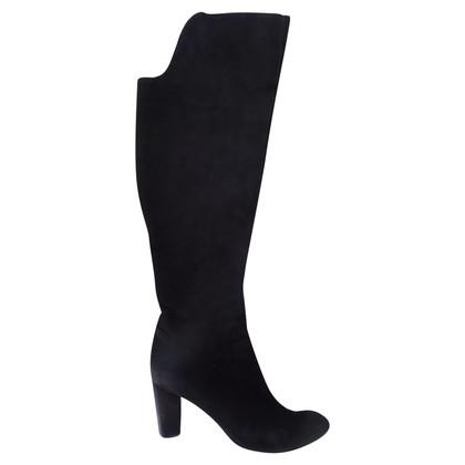 Yves Saint Laurent Suede boots