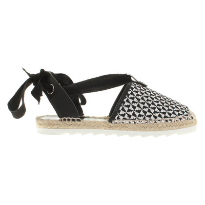 Pollini Slipper in black and white