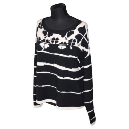 Schumacher Oversized sweater with pattern