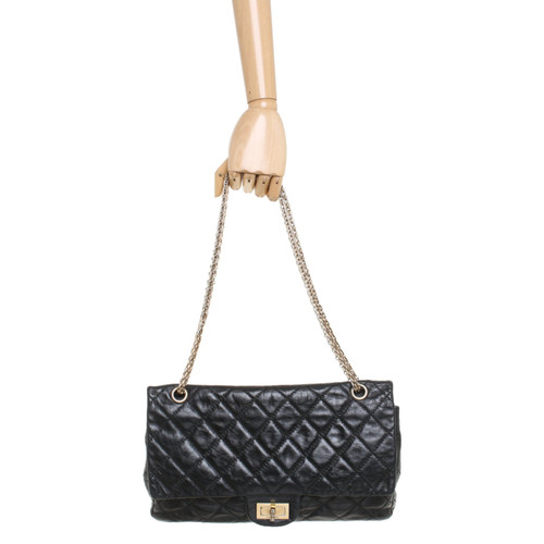 7a3e16cfbc06 Chanel Reissue 2.55 227 Leather in Black - Second Hand Chanel ...