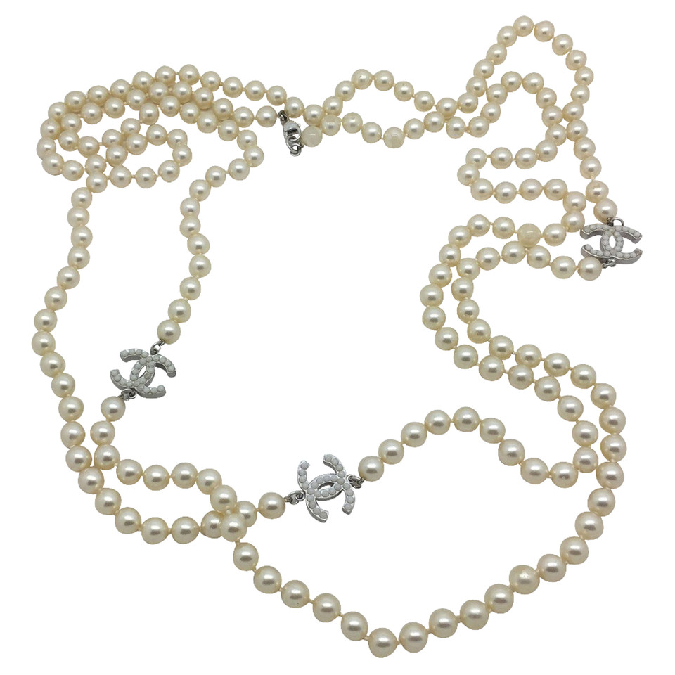 Chanel Chanel Pearl Necklace With Logos Chanel Chanel Pearl Necklace With  Logos