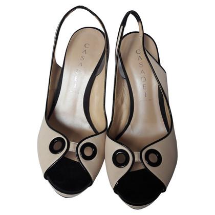 Casadei Peeptoes in beige / zwart