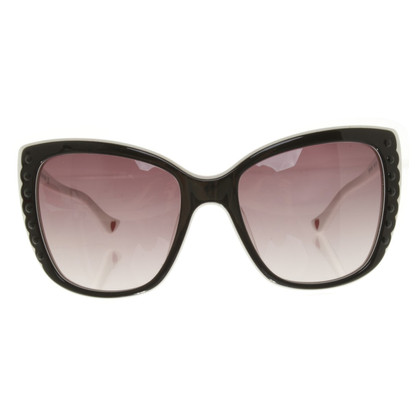 Moschino Sonnenbrille in Schwarz/Weiß