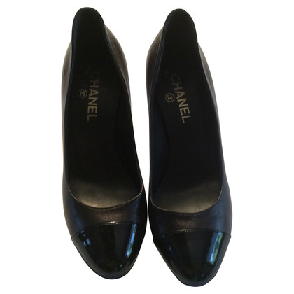 Chanel Schwarze Leder-Pumps
