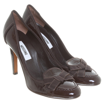 Moschino Brown patent leather pumps
