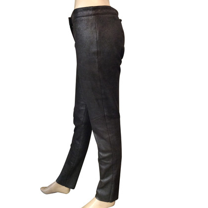 Escada pantalon en cuir