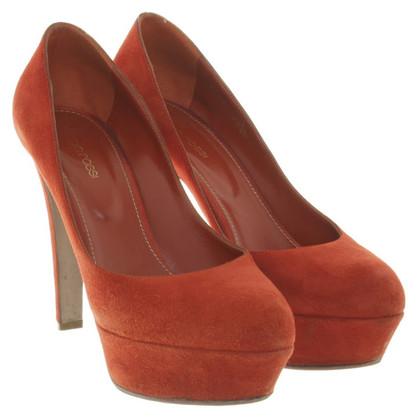Sergio Rossi Wild leather pumps in orange