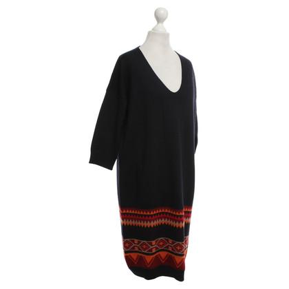 Max Mara abito in maglia con motivi etnici