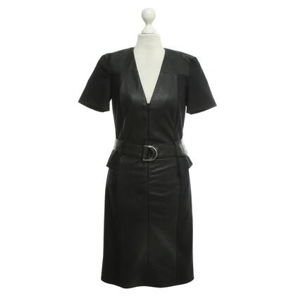 McQ Alexander McQueen Robe en cuir noir
