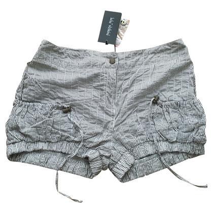 Patrizia Pepe Gestreifte Shorts