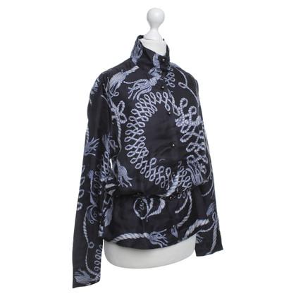 McQ Alexander McQueen chemisier en soie bleu avec graphique illustré