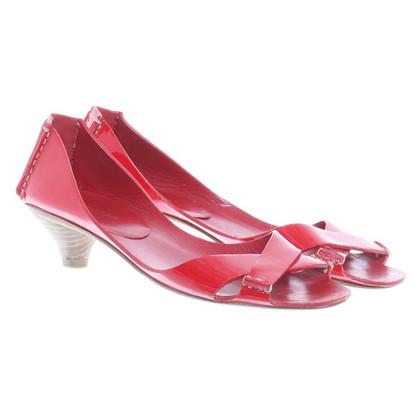 Miu Miu Sandaletten aus Lackleder