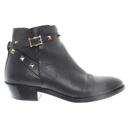 Valentino Ankle Boots mit Nieten