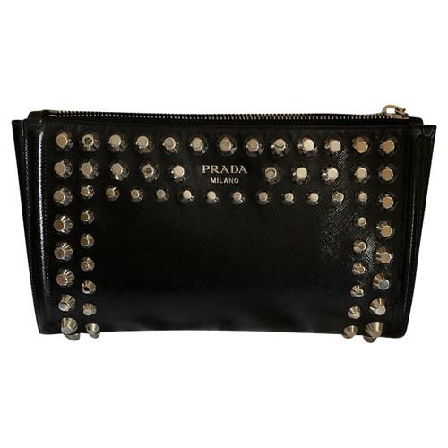 52fb4e395211 Prada Clutch Bag Patent leather in Black - Second Hand Prada Clutch ...