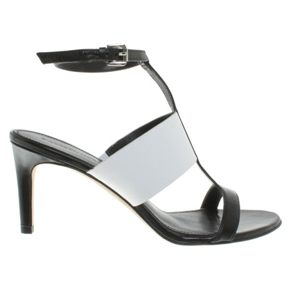Sigerson Morrison Sandals in zwart / White
