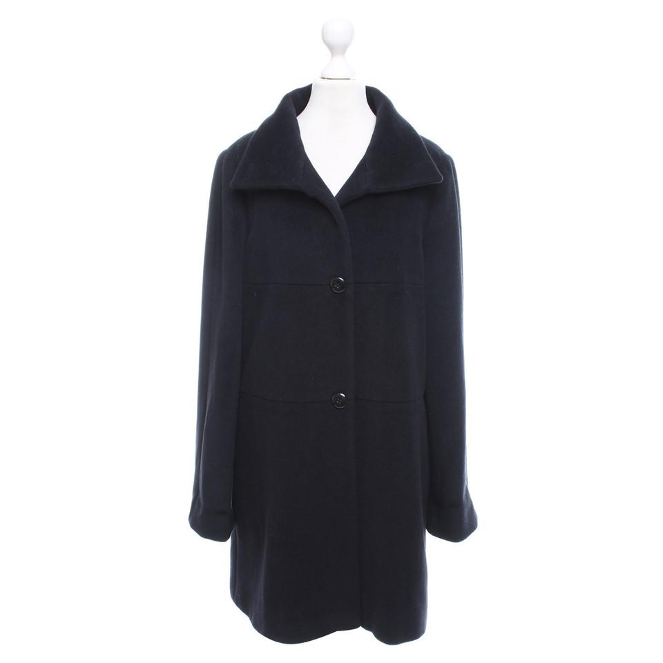 armani mantel in schwarz second hand armani mantel in schwarz gebraucht kaufen f r 240 00. Black Bedroom Furniture Sets. Home Design Ideas