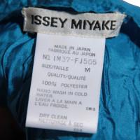 Issey Miyake Oberteil in Blau