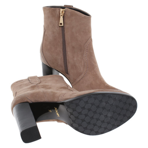 low priced 10d39 3ed63 JOOP! Ankle boots in brown - Second Hand JOOP! Ankle boots ...