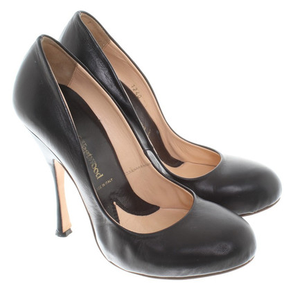Vivienne Westwood pumps in black