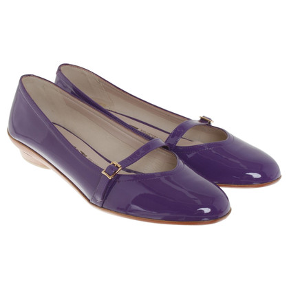 Salvatore Ferragamo Ballerinas made of patent leather