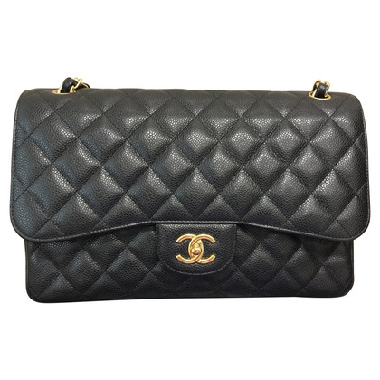 "Chanel ""Jumbo Flap Bag"" made of caviar leather"