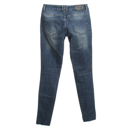 Anine Bing Denim in look usato