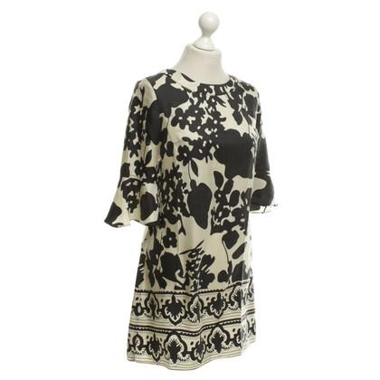 Chloé Robe en soie avec un motif floral