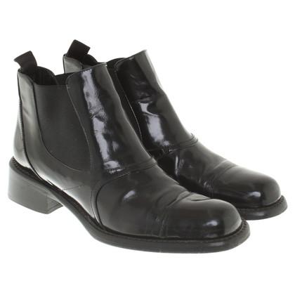 Prada Chelsea laarzen in zwart
